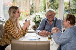 Met deze tips blijf je langer wonen op je eigen vertrouwde plek (gastblog) - Lekker Blijven Wonen